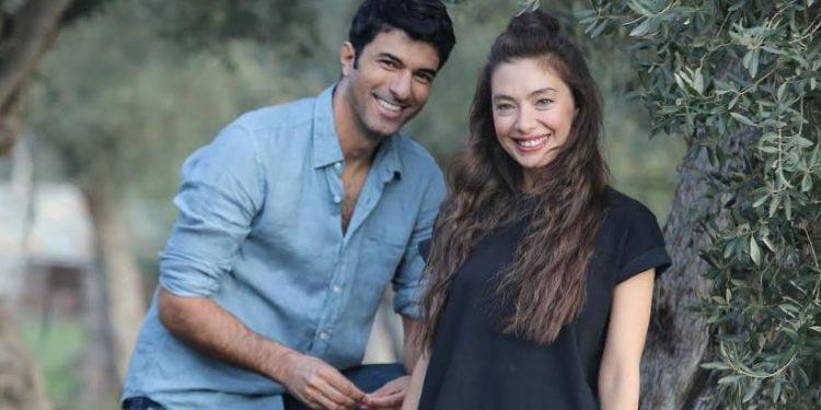 engin akyurek and neslihan atagul in the serie the ambasador's daughter