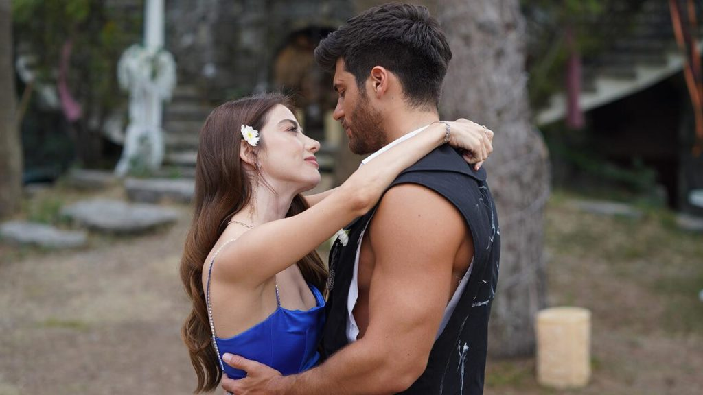 Bay Yanlis, Mr wrong, episode 5, full summary of Can Yaman's new series -  All about Turkish dramas