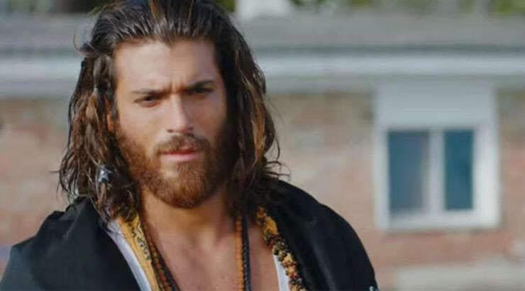 can yaman in the serie ierkenci kus